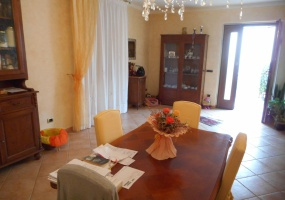 piazza del carmine,pistoia,51100,3 Bedrooms Bedrooms,2 BathroomsBathrooms,Appartamento,piazza del carmine,1021