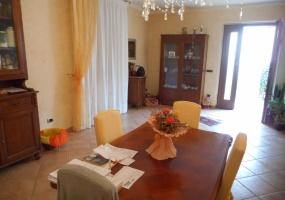 piazza del carmine,pistoia,51100,3 Bedrooms Bedrooms,2 BathroomsBathrooms,Appartamento,piazza del carmine,1021