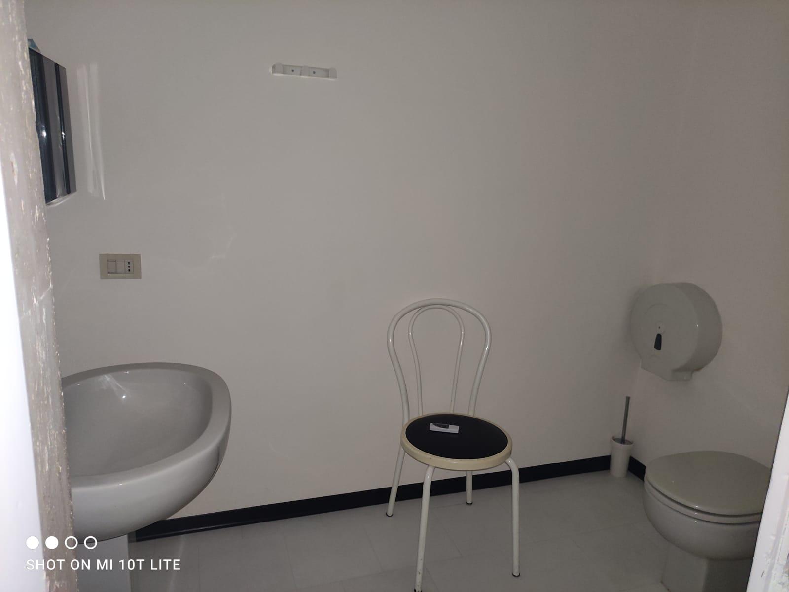 piazza san francesco,pistoia,51100,4 Rooms Rooms,1 BagnoBathrooms,Ufficio,piazza san francesco,1402