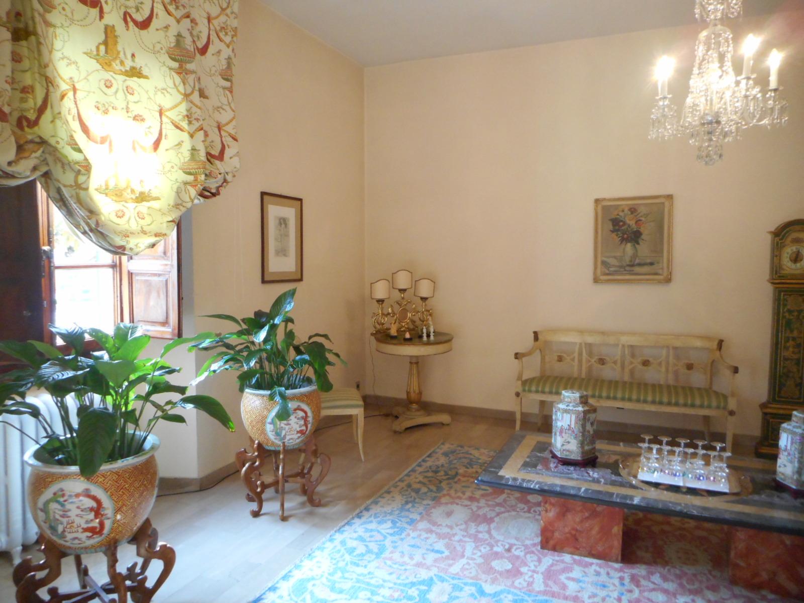 VIA DALMAZIA,PISTOIA,51100,4 Bedrooms Bedrooms,3 BathroomsBathrooms,Villa,VIA DALMAZIA,1438