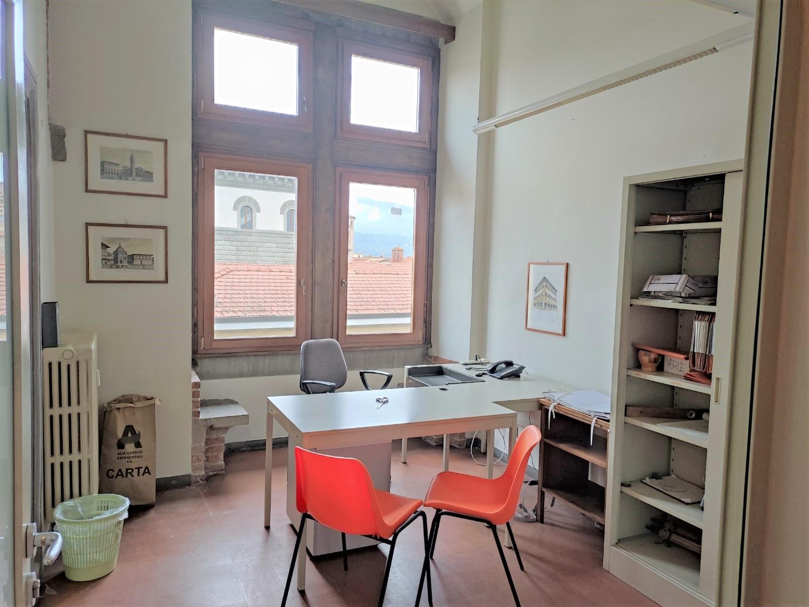 centro storico,Pistoia,51100,1 BagnoBathrooms,Ufficio,centro storico,1472