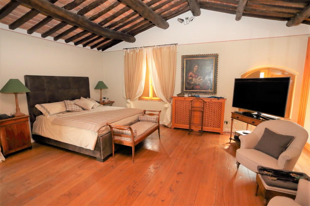 PISTOIA OVEST,PISTOIA,51100,4 Bedrooms Bedrooms,4 BathroomsBathrooms,Rustico/Casale,PISTOIA OVEST,1475