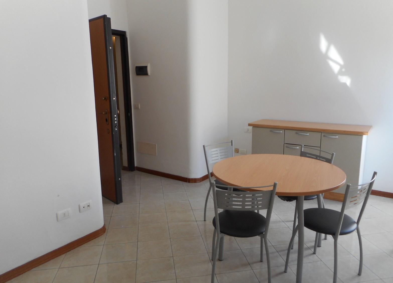 zona centrale,pistoia,51100,2 Bedrooms Bedrooms,1 BagnoBathrooms,Appartamento,zona centrale,1,1092